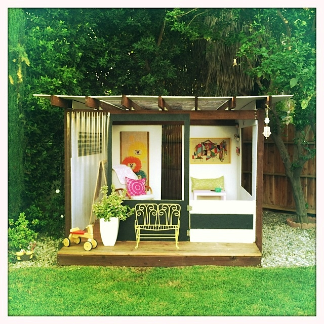 Pdf diy backyard playhouse diy download ana white simple for Kids outdoor playhouse