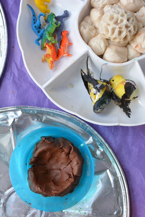 Playing with Clay for toddlers - Making bird nests