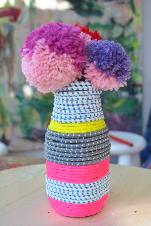 How to make a cord jar vase