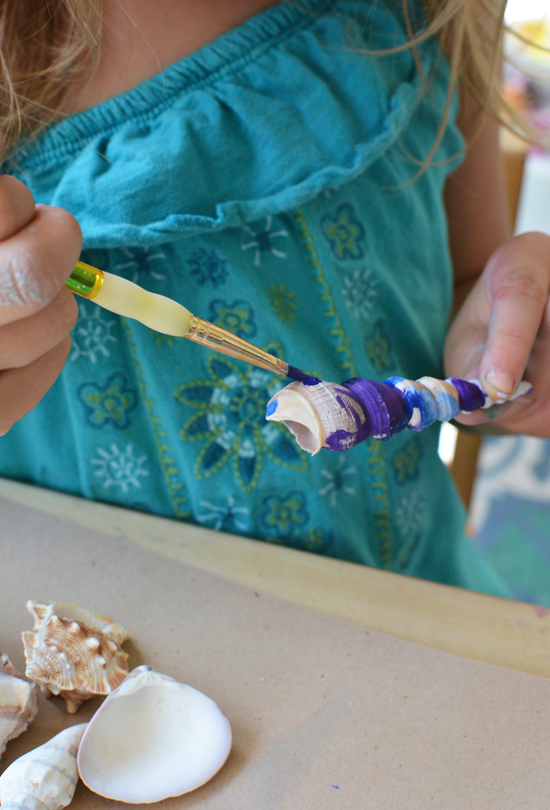 Painting Shells with Watercolors - Simple Summer Painting Activity for Kids