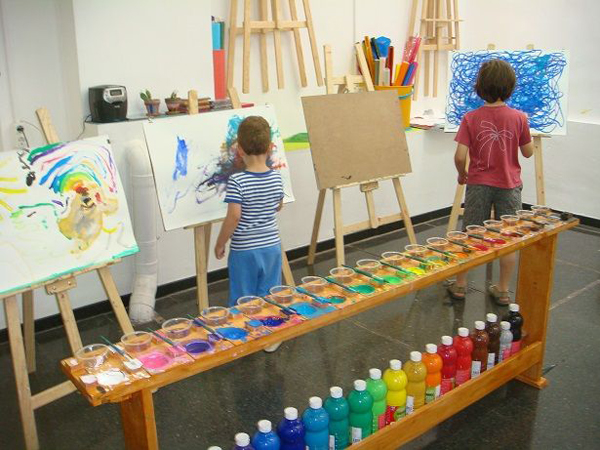 10 inspiring art studios for kids meri cherry