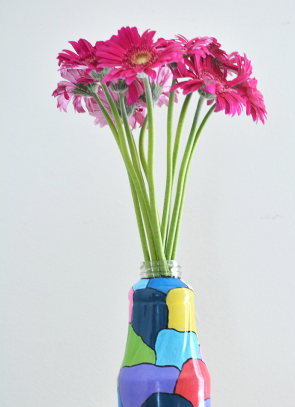 such a fun recycled idea for Mother's Day. Cheap and easy!