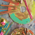 Cheap easy art for preschoolers! These would look so cool in a shadow box frame.
