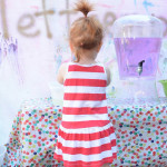 Step by step directions to host your own play group for toddlers. Super helpful info!