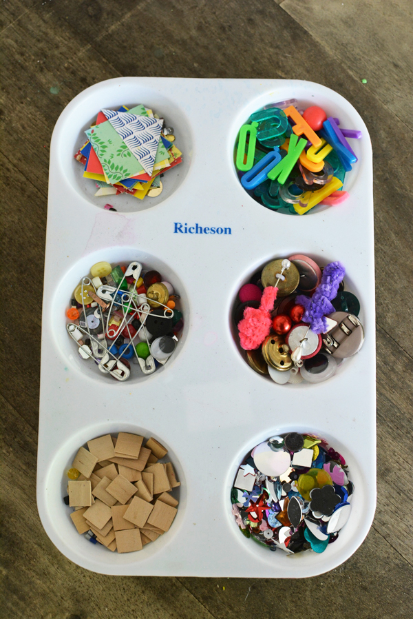 These are so much fun! Great project for boys and girls.  I love using tinker trays!