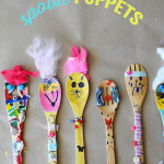 How cute are these wooden spoon puppets? This is a great art project for kids!